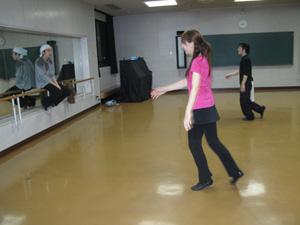 http://ast0alltips.es.land.to/test_website/dance_002.jpg